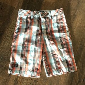 NWT Micros boys plaid shorts relaxed fit size 6